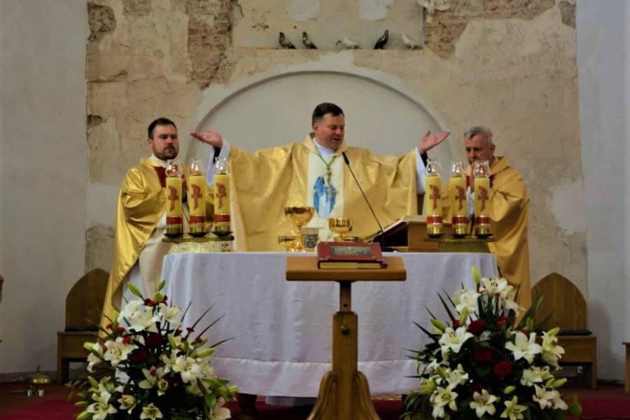 Radosne święto Matki Bożej Zielnej u franciszkanów